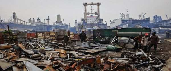 Alang, Gujarat World's biggest ship breaking yard turns killer from Youtube