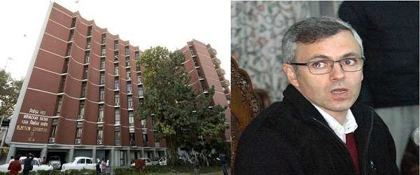 (L-R) The Election Commission of India office in Delhi and former J&K CM Omar Abdullah (Photo: UNI)