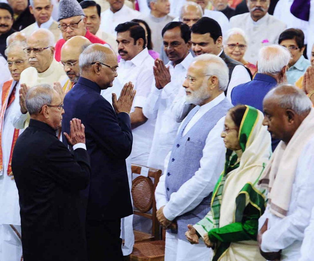 Prime Minister Narendra Modi, BJP president Amit Shah, former president Pratibha Patil, former PM HD Deve Gowda, and other political leaders at the swearing-in ceremony at Parliament's Central Hall on July 25. Photo: PIB