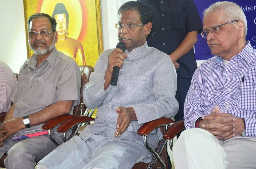 Hear us out- A K Khan, Advisor, Minorities Affairs, Telangana, Shoukath Ali Sufi, President, Telangana Union of Working Journalist, Hussain Ali Khan, Chairperson, Telangana Union of Working Journalist at a press conference in Hyderabad on Saturday. UNI PHOTO-10U