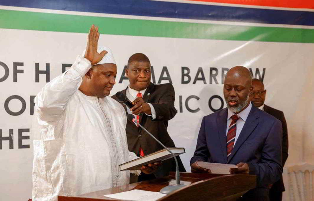 The swearing-in ceremony at the inauguration of Gambia President Adama Barrow at the Gambian embassy in Dakar, January 19, 2017, Reuters/UNI