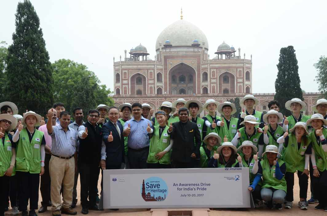 WHO LET THE DRONES OUT? S J Ha, director sales & marketing, Hyundai Motor India Ltd, director sales & marketing Rakesh Srivastava and Global Youth volunteers pose after the launch of the 'Happy Move-Save Our Heritage' CSR campaign at Humayun Tomb, in New Delhi, UNI