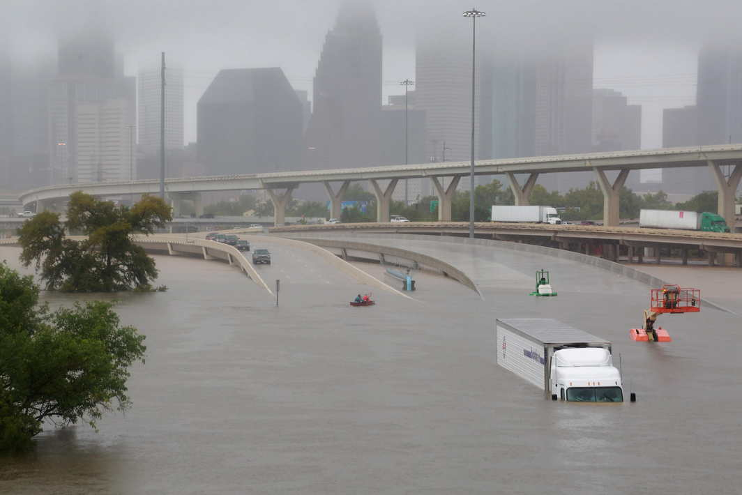 UNNAVIGABLE: Interstate highway 45 submerged from the effects of Hurricane Harvey seen during widespread flooding in Houston, Texas, US, Reuters/UNI