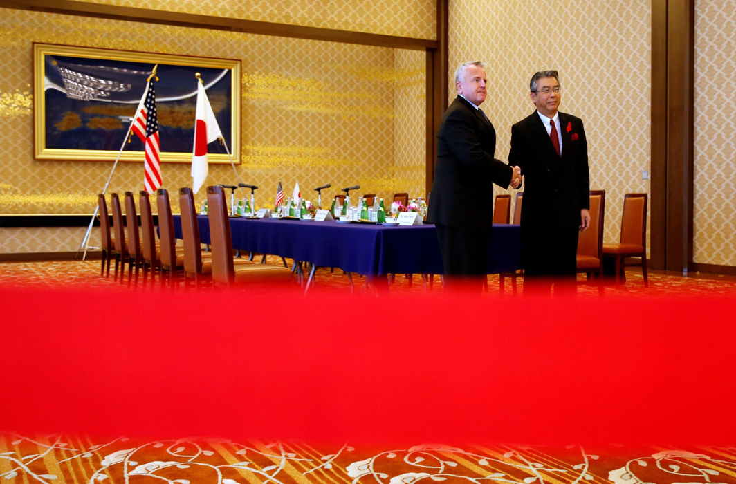 MEET AND GREET: US Deputy Secretary of State John Sullivan (left) meets with his Japanese counterpart Vice Foreign Minister Shinsuke Sugiyama at the Foreign Ministry's Iikura guest house in Tokyo, Japan, Reuters/UNI