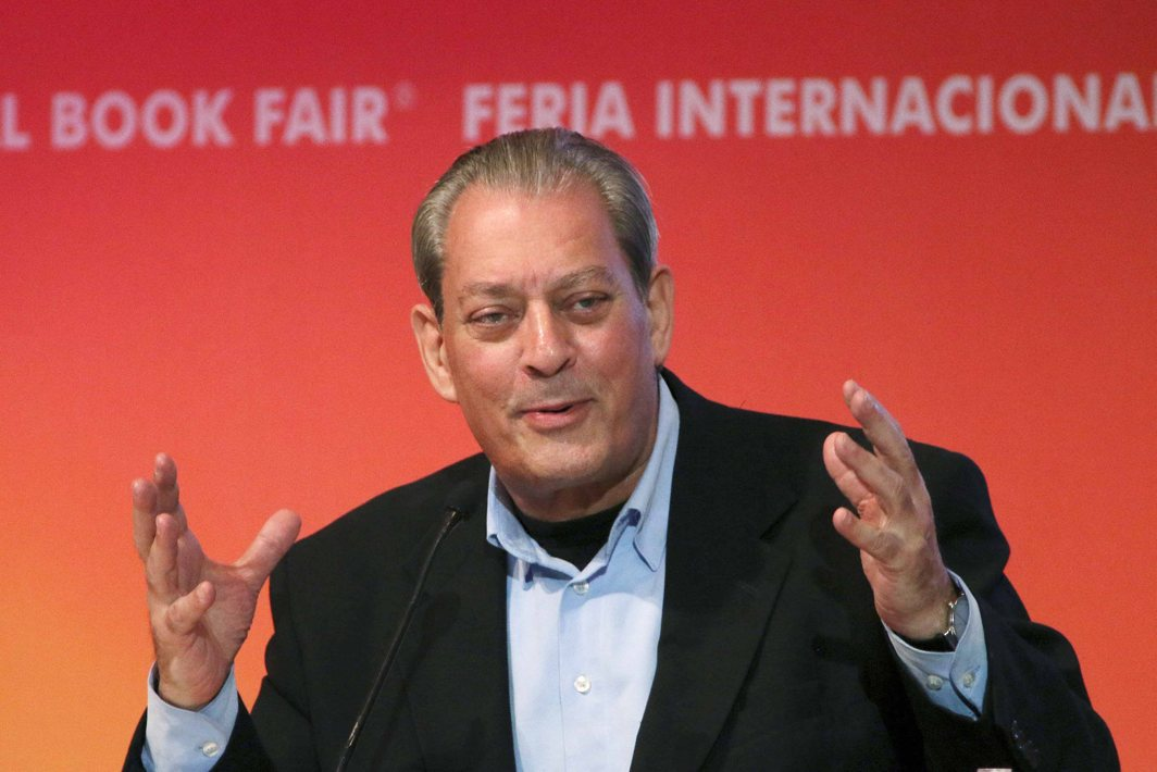 ALL IN THE HEAD: US author Paul Auster speaks during the presentation of his latest novel, '4 3 2 1', at the International Book Fair (FIL) in Guadalajara, Reuters/UNI