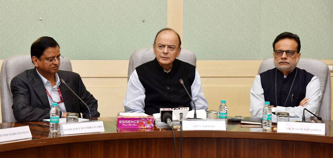 PROUD MINISTER: Union Minister for Finance and Corporate Affairs Arun Jaitley addresses a press conference on Moody's Sovereign Credit Rating of India, in New Delhi, UNI