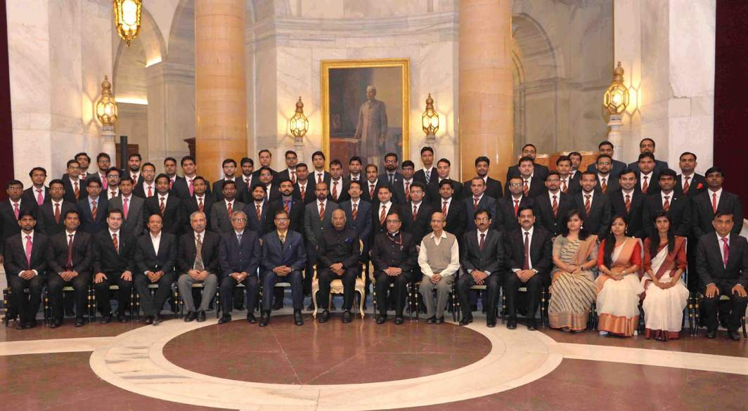 WELCOME ABOARD: President of India Ram Nath Kovind in a group photograph with probationary officers from different Railways Services, at Rashtrapati Bhavan in New Delhi, UNI