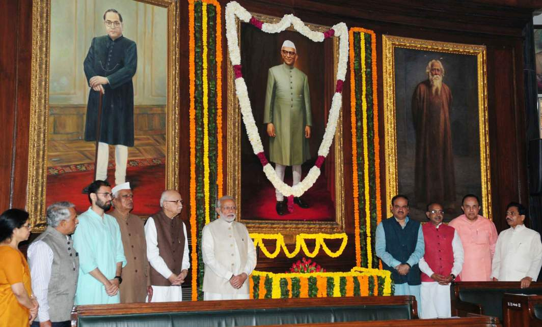BIRTHDAY HONOURS: Prime Minister Narendra Modi, Union minister for chemicals and fertilizers and parliamentary affairs Ananth Kumar, minister of state for parliamentary affairs and statistics and programme implementation Vijay Goel and senior BJP leader L K Advani pose for a photograph after paying tributes to the former Prime Minister Morarji Desai, on the occasion of his birth anniversary, in New Delhi, UNI