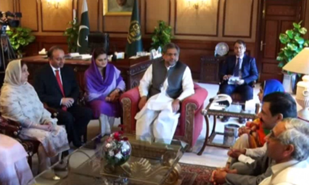 Malala returns to Pakistan, meets PM Khaqan Abbasi