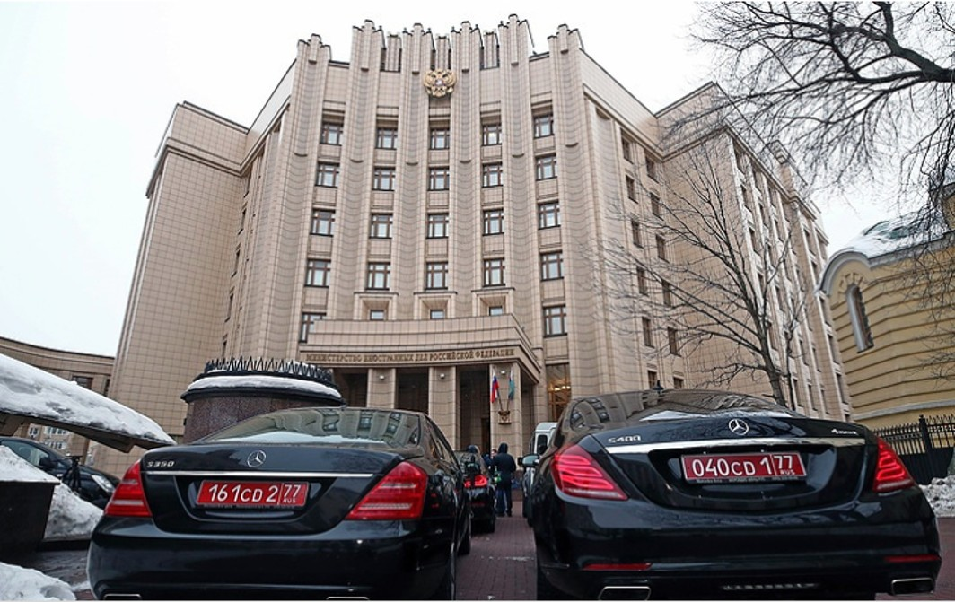 Russia expels 59 diplomats from 23 countries, crisis expands