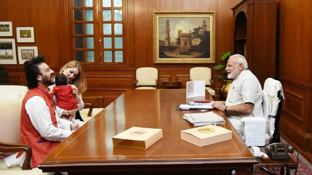 PM Modi welcomes 'Madina' - 2